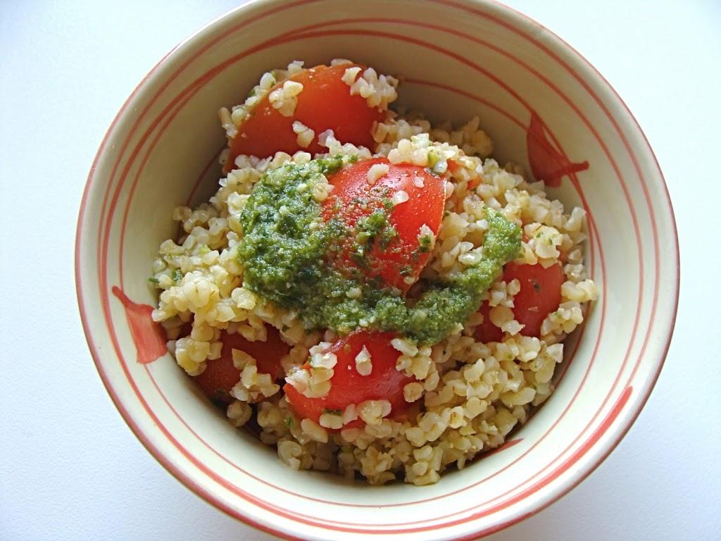 Bulgur con pesto e pomodorini