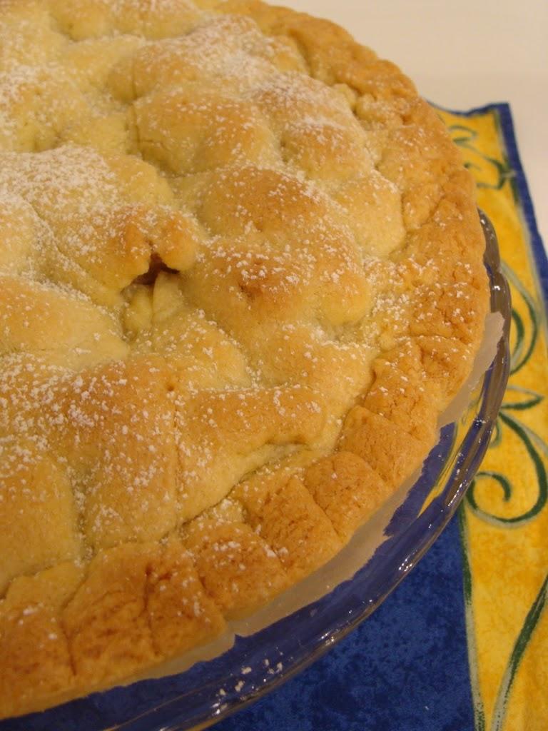 Crostata ripiena di pere speziate