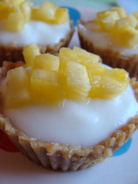 Yogurt cakes all'ananas