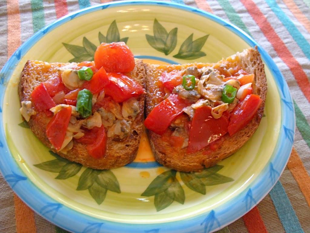 Bruschetta pomodorini e vongole