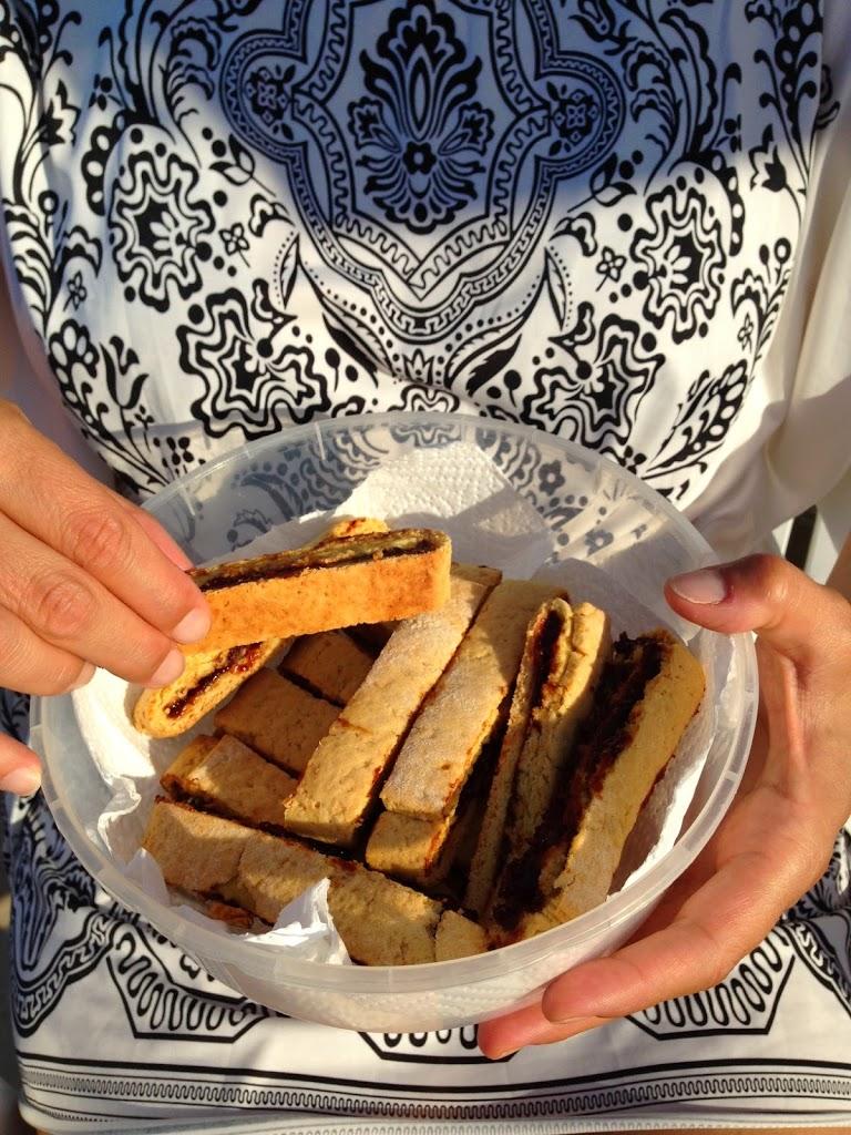 Biscotti veg con mandorle e noci